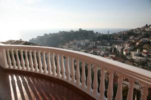 Balkoni-me-pamje-deti-Jasmin